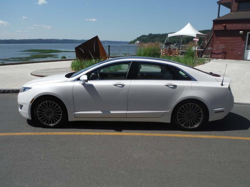 Honda accord hybrid vs lexus es300h autos post