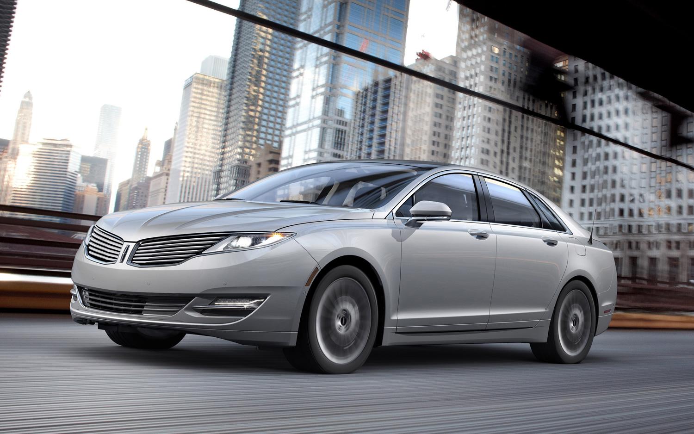 Lincoln-MKZ-Hybride-2013-rappel