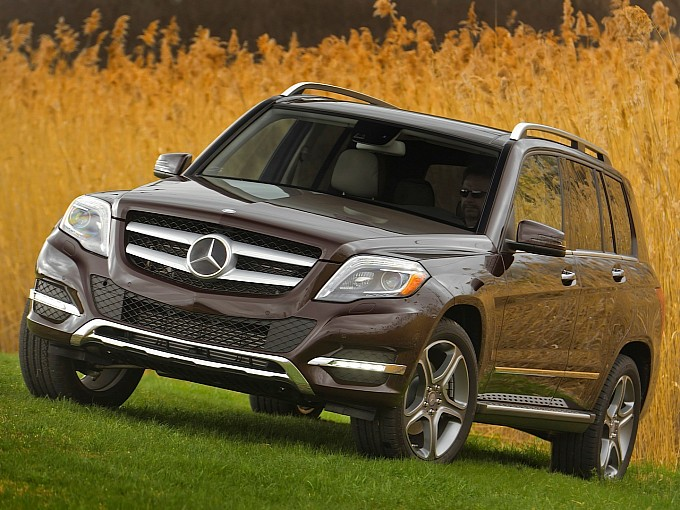 Mercedes-Benz-GLK-250-Bluetec-2014-11