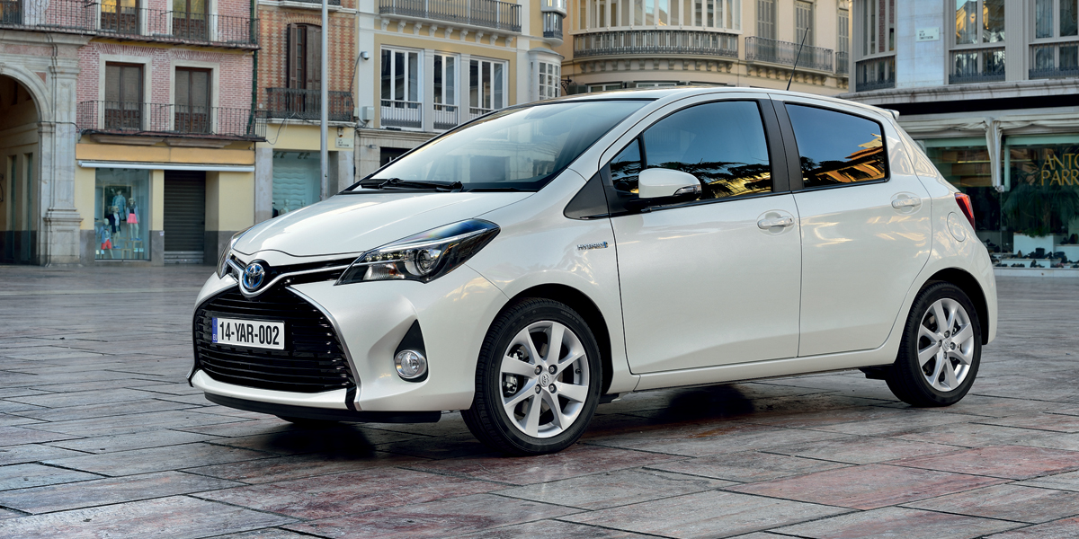Toyota Yaris 4 Door Sedan 2015 Toyota Yaris Hatchback This Is The One For The Gcc Pictures to ...
