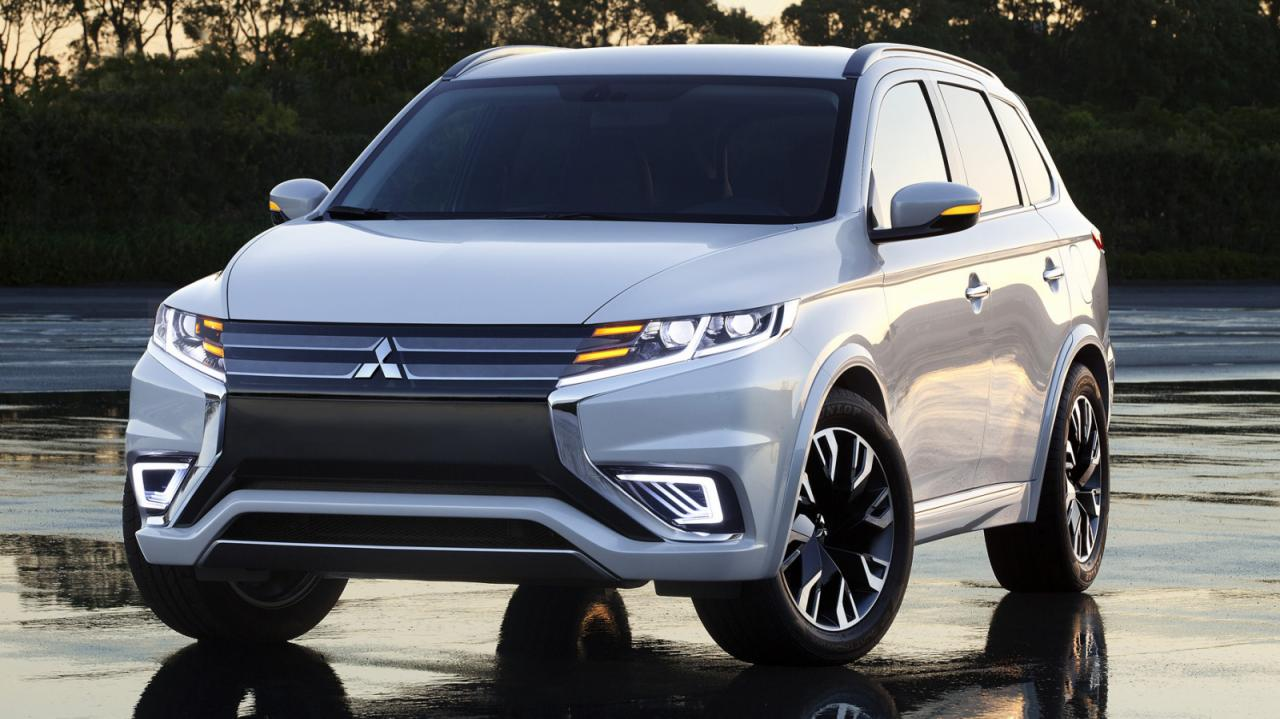 Mitsubishi Outlander PHEV Concept-S revealed ahead of Paris show | EcoloDriver