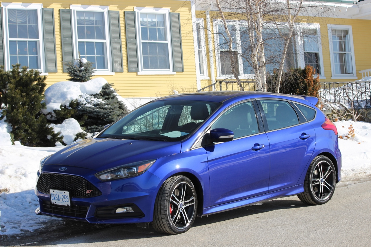 First Drive 2015 Ford Focus w EcoBoost 10  EcoloDriver