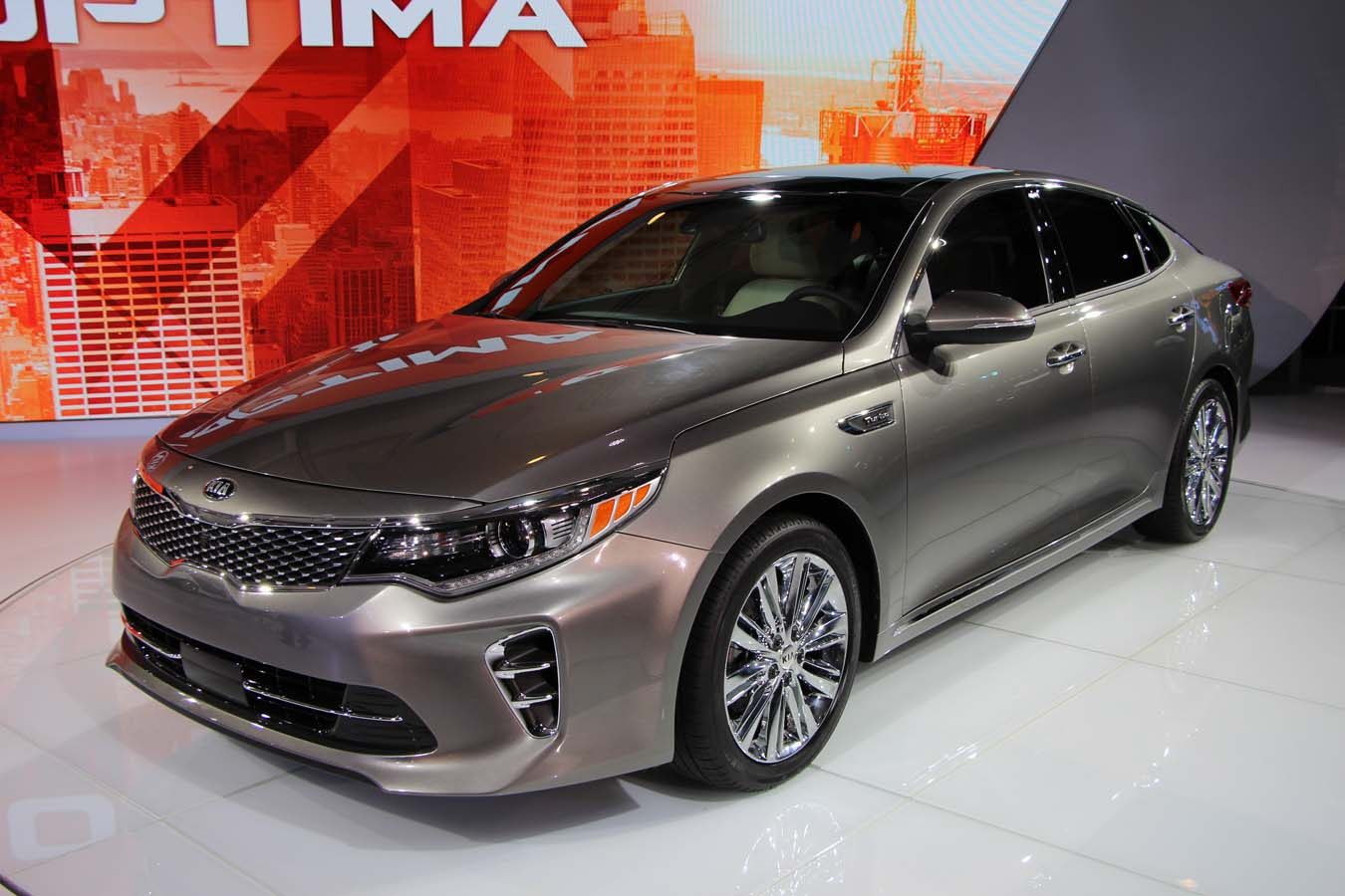 New 2016 kia optima debuts in new york ecolodriver has elegant lines that do well to reflect whats been featured on other recently revealed vehicles in the segment indeed the 2016 kia optima looks sciox Images