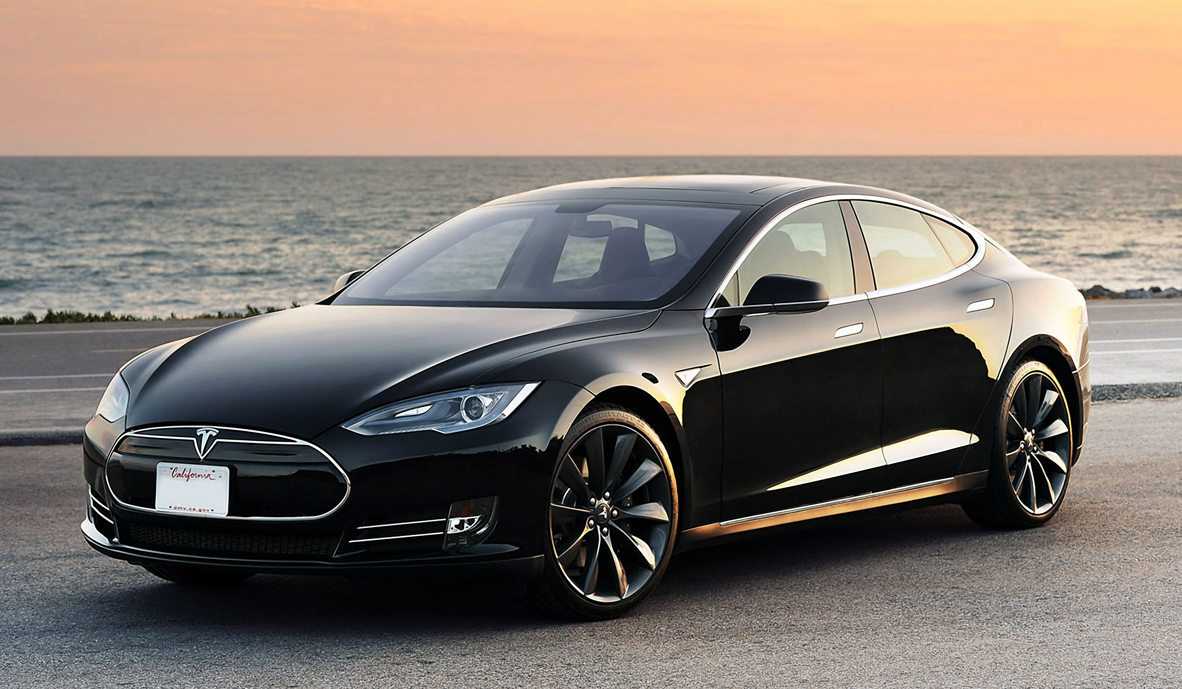 CAR NEWS Kilometers Traveled In A Tesla Model S EcoloDriver - A tesla