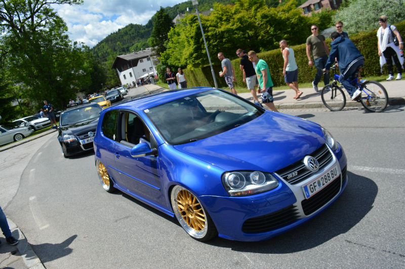 top 10 volkswagen gtis from w rthersee 2017 woman and wheels. Black Bedroom Furniture Sets. Home Design Ideas