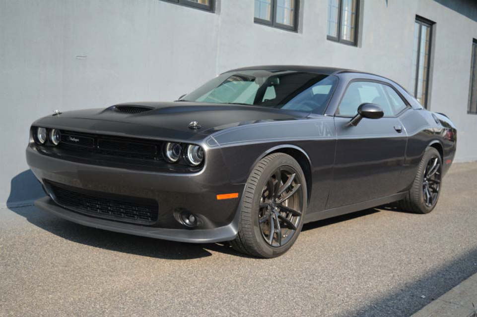 car review 2017 dodge challenger r t 392 scat pack ecolodriver. Black Bedroom Furniture Sets. Home Design Ideas