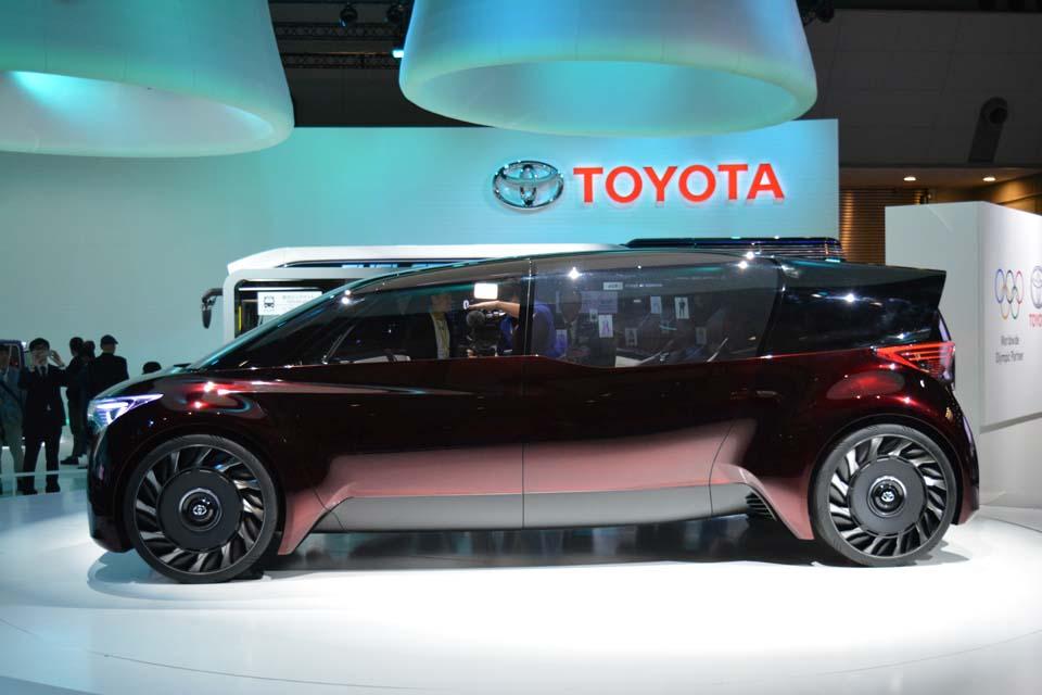 Toyota Fine Comfort Ride concept