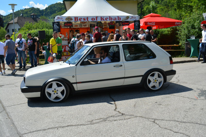 Volkswagen Golf GTI white